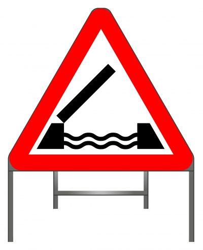 Opening or swing bridge ahead warning sign